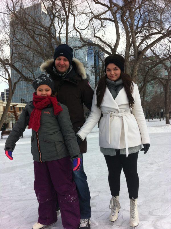 RINK STORIES: Kassandra, Mio & Kaitlyn